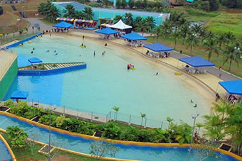 1 Big Wave Pool